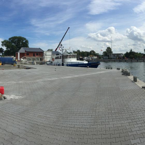 Budowa nawierzchni Portu Rybackiego w Dziwnowie